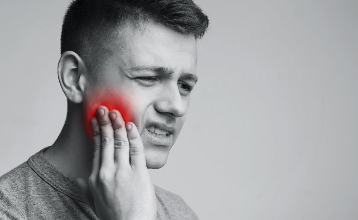 dolore alla mandibola - quando si mastica