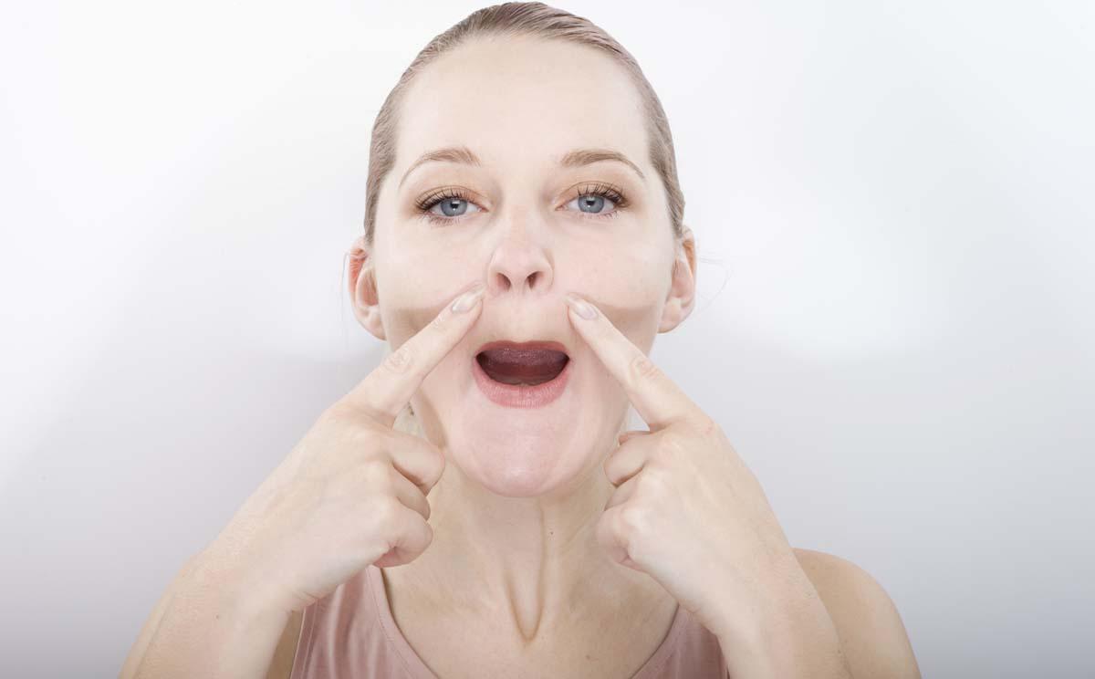 ginnastica facciale - per zigomi e guance - funziona?